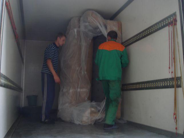 вертикальная перевозка дивана